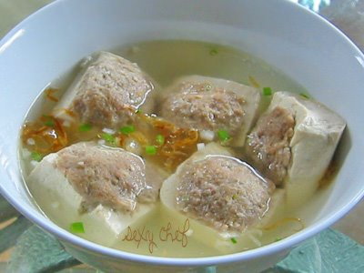http://cumiaww.files.wordpress.com/2008/01/bakso-kotak.jpg